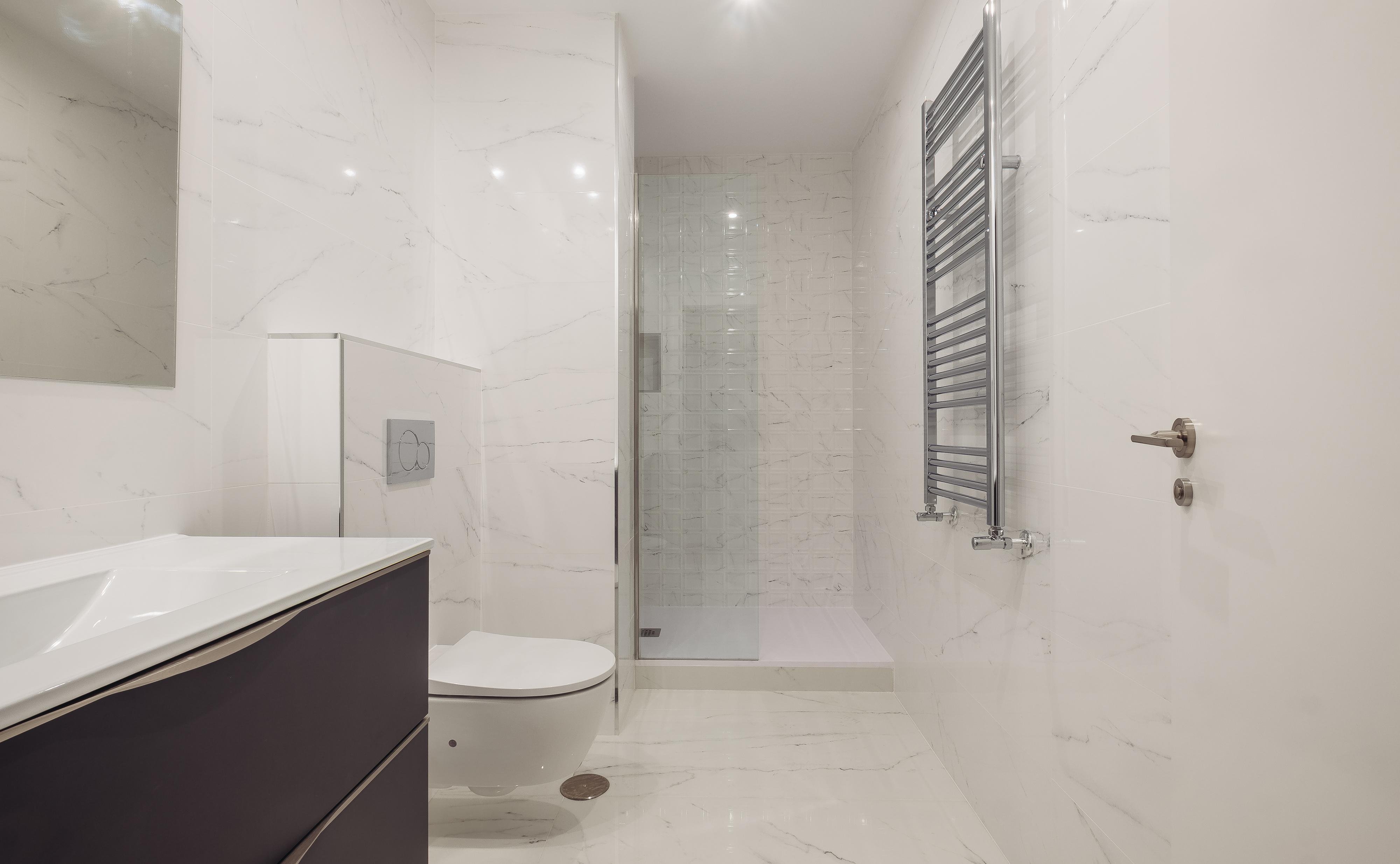 6 Consejos para que tu baño parezca más grande